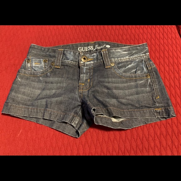 Guess Jean shorts size 28.